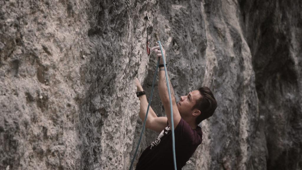 Klettern ohne Angst - in der Kletterwand